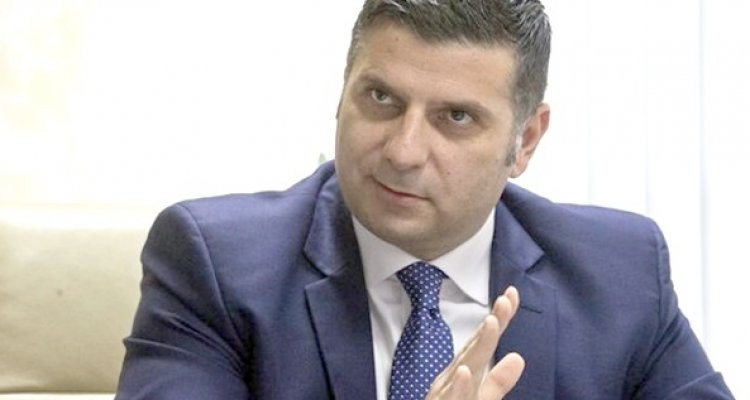 ministrul economiei ar fi incasat ilegal bonusuri de peste