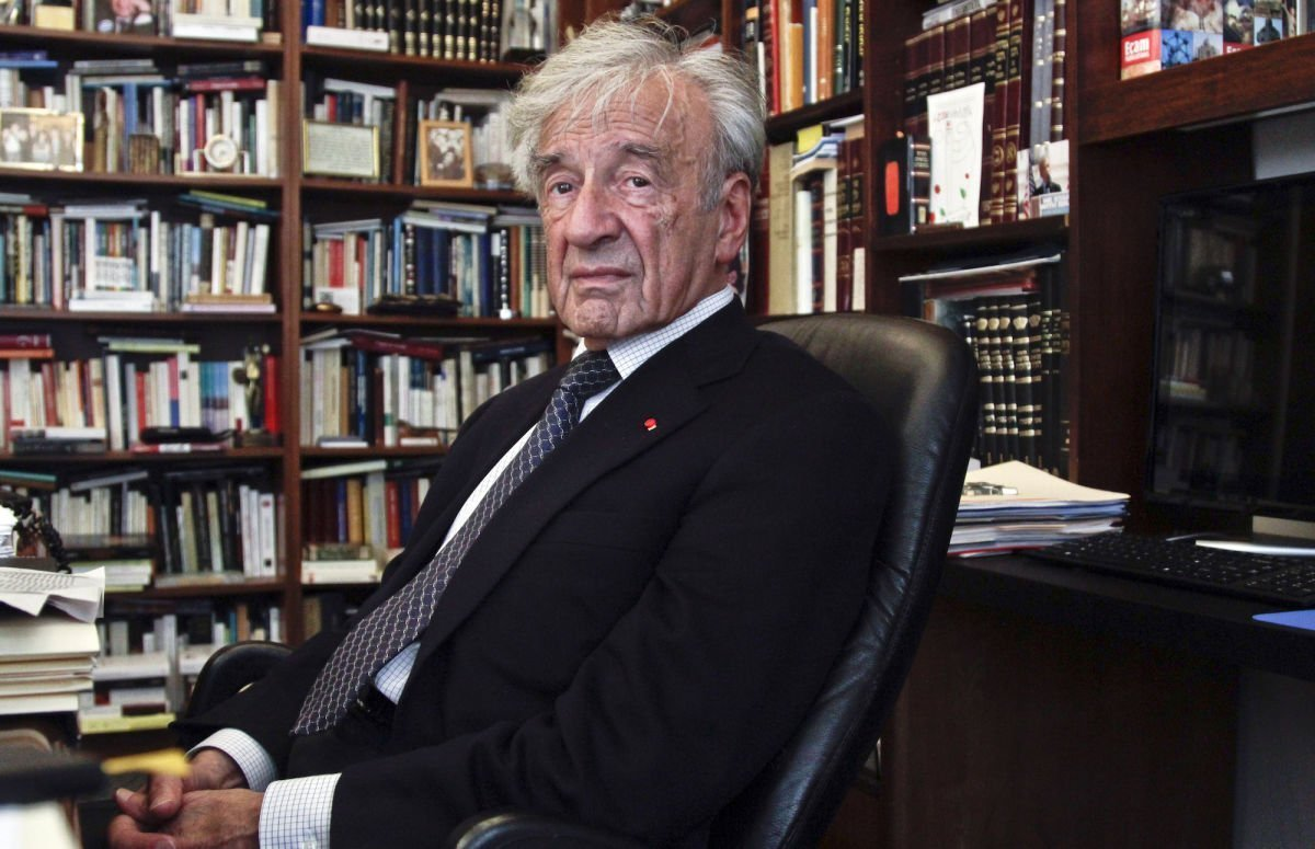 http://revista22.ro/files/news/manset/default/Elie-Wiesel-1200.jpg