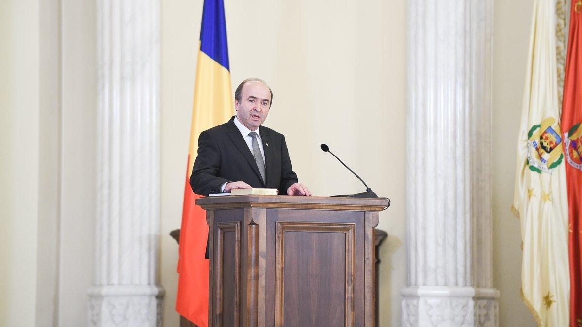 http://revista22.ro/files/news/manset/default/foto-campeasdasdasanu.jpg